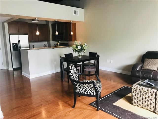 3920 Sharon Road #203, Charlotte, NC 28211 (#3327451) :: Miller Realty Group