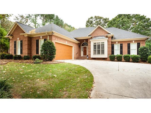 7626 Vistaview Drive, Cornelius, NC 28031 (#3328115) :: High Performance Real Estate Advisors