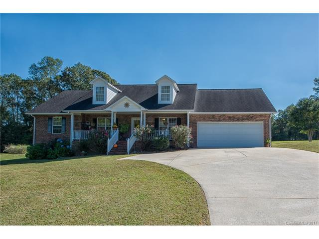 129 Hunters Creek Drive, Mooresville, NC 28115 (#3328404) :: LePage Johnson Realty Group, Inc.