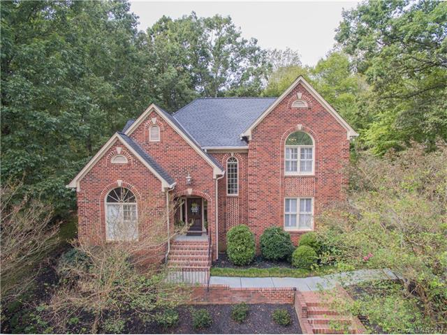 5517 Camelot Drive, Charlotte, NC 28270 (#3328447) :: Pridemore Properties