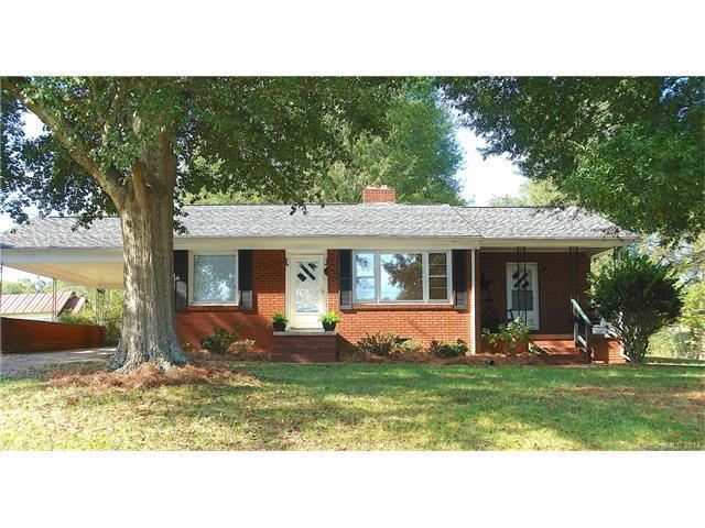 716 S Cedar Street, Lincolnton, NC 28092 (#3329352) :: Cloninger Properties