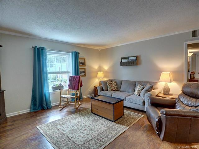 2626 Park Road H, Charlotte, NC 28209 (#3329503) :: Stephen Cooley Real Estate Group