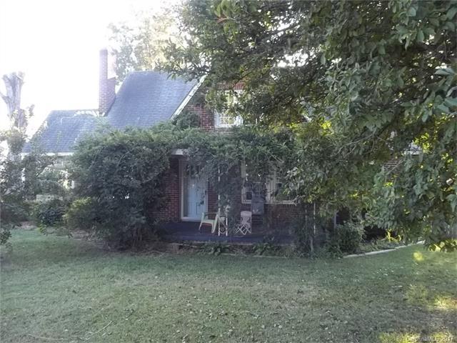 5611 Old Plank Road, Charlotte, NC 28216 (#3329556) :: High Performance Real Estate Advisors
