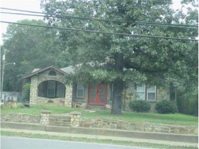 1318 Concord Avenue, Monroe, NC 28110 (#3329592) :: The Ann Rudd Group