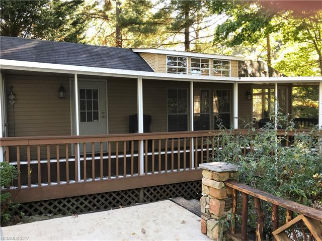 15 N Cumberland Drive, Lake Toxaway, NC 28747 (#3329802) :: Exit Mountain Realty