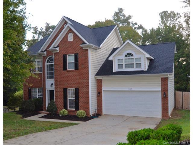 13319 Woodland Farm Drive, Charlotte, NC 28215 (#3329839) :: The Elite Group
