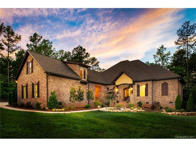 2016 Sugar Pond Court, Fort Mill, SC 29715 (#3329966) :: Southern Bell Realty