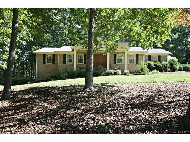 5475 Winchester Drive, Concord, NC 28027 (#3330326) :: The Ramsey Group