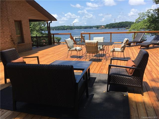 188 Paradise Peninsula Road, Mooresville, NC 28117 (#3330327) :: Leigh Brown and Associates with RE/MAX Executive Realty