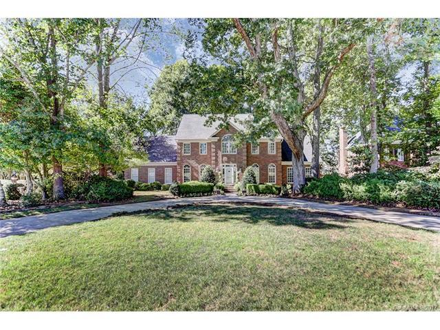 8338 Strawberry Lane, Charlotte, NC 28277 (#3330527) :: Cloninger Properties