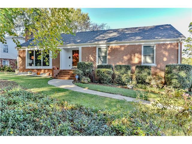 5035 Wedgewood Drive, Charlotte, NC 28210 (#3330589) :: Pridemore Properties