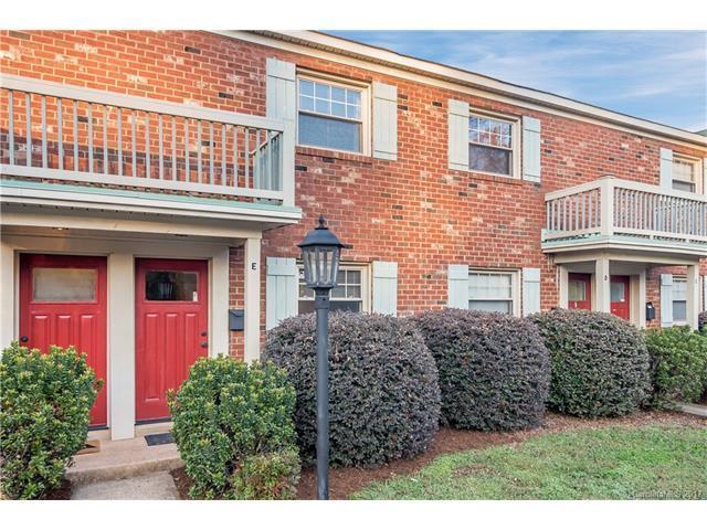 1201 Green Oaks Lane E, Charlotte, NC 28205 (#3330663) :: The Temple Team