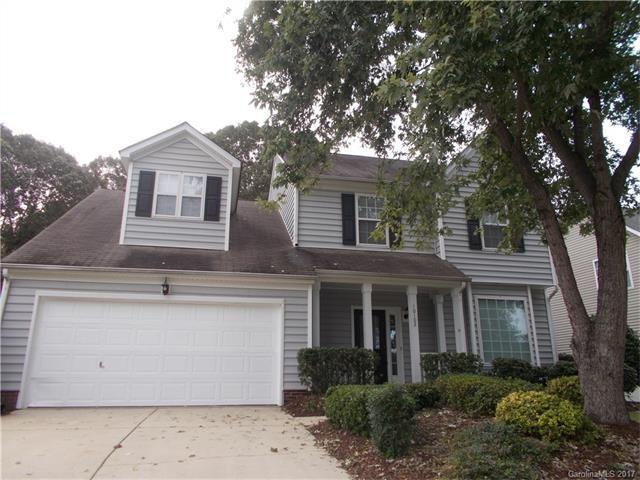 10102 Glencrest Drive, Huntersville, NC 28078 (#3330795) :: Cloninger Properties