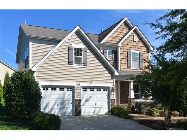2407 Winding River Drive, Charlotte, NC 28214 (#3330980) :: Cloninger Properties