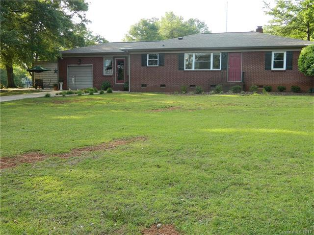 1303 Armstrong Road, Belmont, NC 28012 (#3331136) :: The Andy Bovender Team