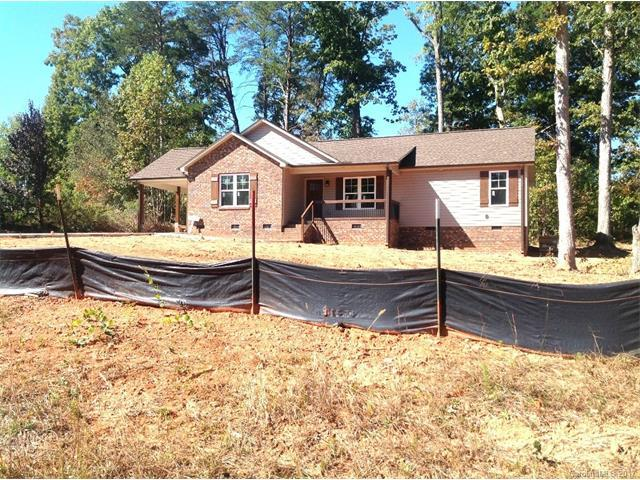 3733 Rolling View Lane, Maiden, NC 28650 (#3331329) :: The Andy Bovender Team