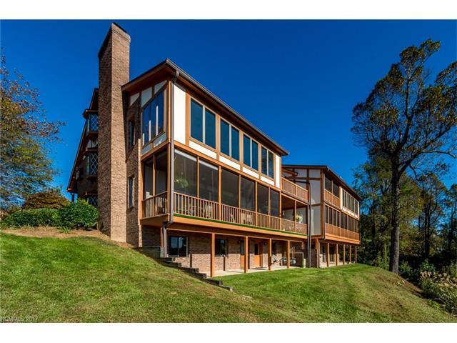 1704 Fleetwood Plaza, Laurel Park, NC 28739 (#3331338) :: Homes Charlotte