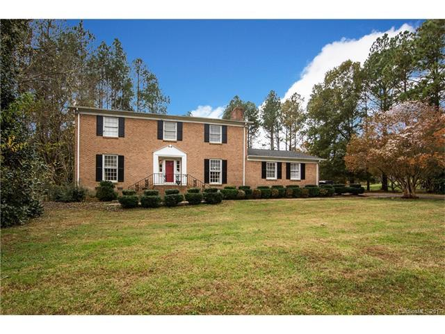 1700 Lakeview Drive, Monroe, NC 28112 (#3334357) :: Scarlett Real Estate