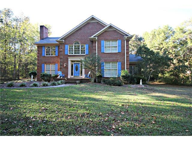 1621 Chadmore Lane NW, Concord, NC 28027 (#3334377) :: Team Honeycutt