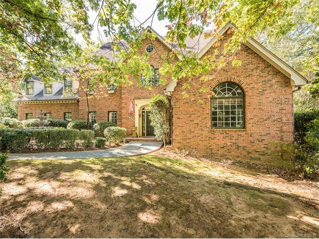 10121 Balmoral Circle, Charlotte, NC 28210 (#3334482) :: Stephen Cooley Real Estate Group