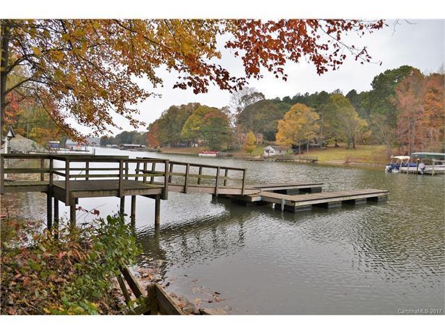 3631 Chevlot Hills Road, Sherrills Ford, NC 28673 (#3335187) :: Besecker Homes Team