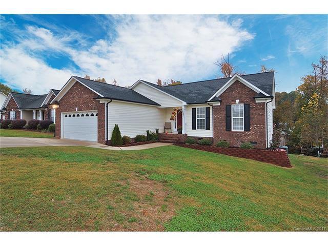 1257 Pressley Downs Drive, Concord, NC 28025 (#3336664) :: Team Honeycutt