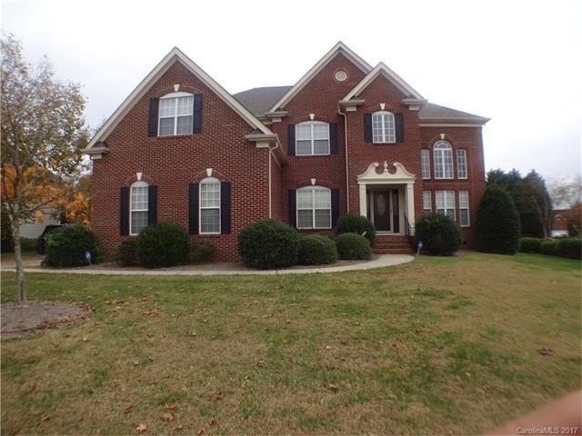 11000 Fountaingrove Drive, Charlotte, NC 28262 (#3336851) :: The Ramsey Group