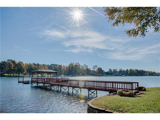 185 Castaway Trail, Mooresville, NC 28117 (#3336930) :: LePage Johnson Realty Group, Inc.