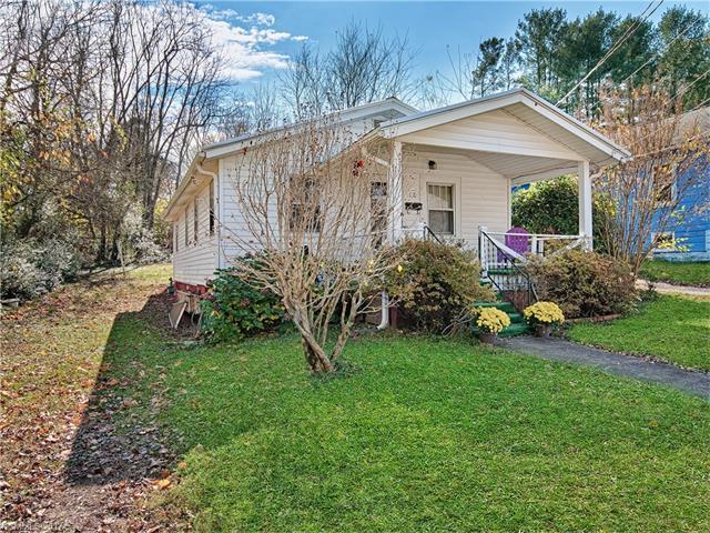 18 Elkin Street, Asheville, NC 28806 (#3337115) :: Exit Mountain Realty