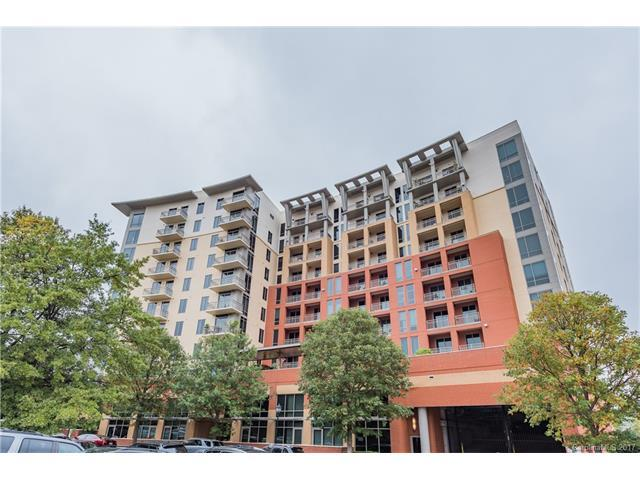 701 Royal Court #913, Charlotte, NC 28202 (#3337646) :: Berry Group Realty
