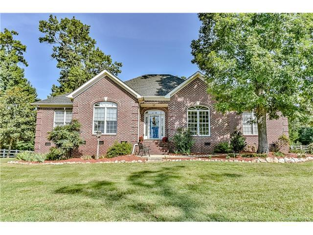 2354 Vineyard Road, Fort Mill, SC 29708 (#3337744) :: Berry Group Realty