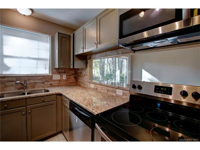 6342 Richfield Lane, Charlotte, NC 28269 (#3337874) :: Rinehart Realty