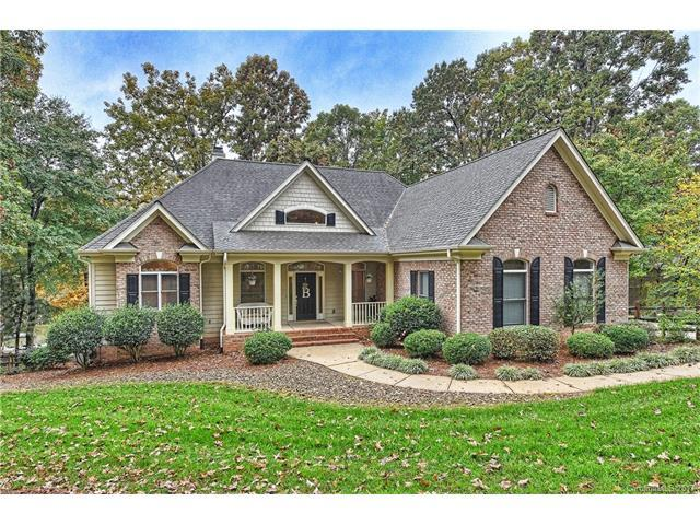 1739 Dogwood Hill Drive, Denver, NC 28037 (#3337895) :: LePage Johnson Realty Group, Inc.