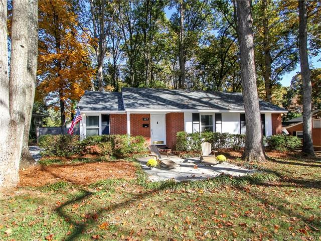 117 Wexford Court, Charlotte, NC 28210 (#3338541) :: David Hoffman Group