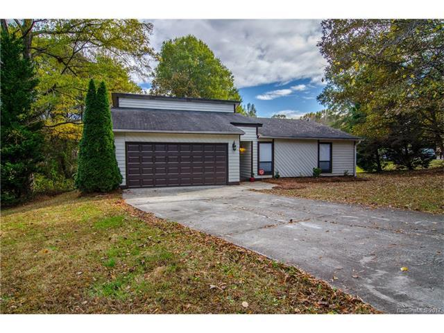 9325 Aylesbury Lane, Mint Hill, NC 28227 (#3339029) :: The Temple Team