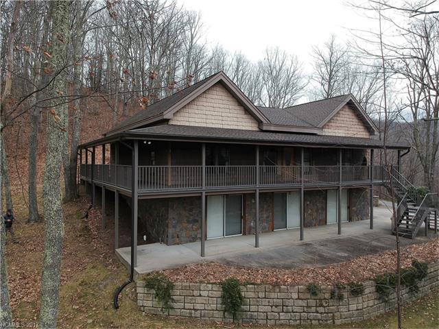156 Thunderstruck Drive, Maggie Valley, NC 28751 (#3339894) :: LePage Johnson Realty Group, LLC