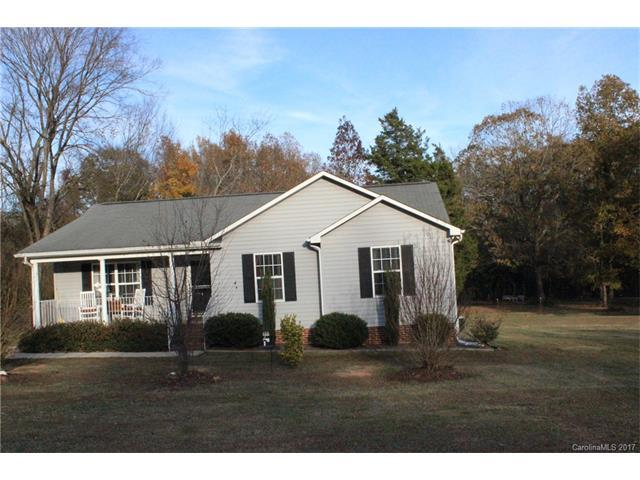 2982 Kingsburry Road, Clover, SC 29710 (#3340129) :: Puma & Associates Realty Inc.