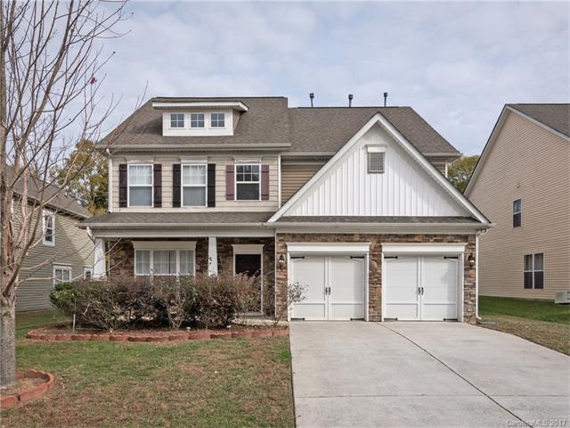 10020 Seven Oaks Drive, Charlotte, NC 28215 (#3340149) :: Berry Group Realty