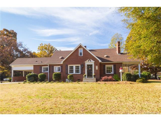 2068 Statesville Highway, Mooresville, NC 28115 (#3340237) :: LePage Johnson Realty Group, Inc.