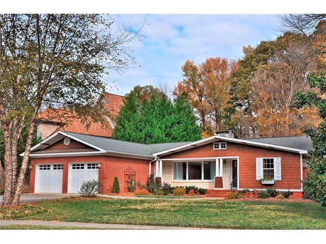 4101 Sharon View Road, Charlotte, NC 28226 (#3340382) :: Rinehart Realty