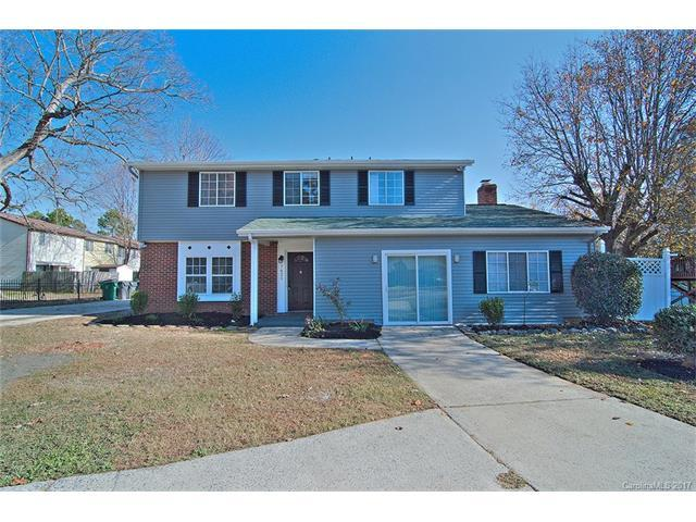 7621 Holly Hill Road, Charlotte, NC 28227 (#3340624) :: RE/MAX Metrolina