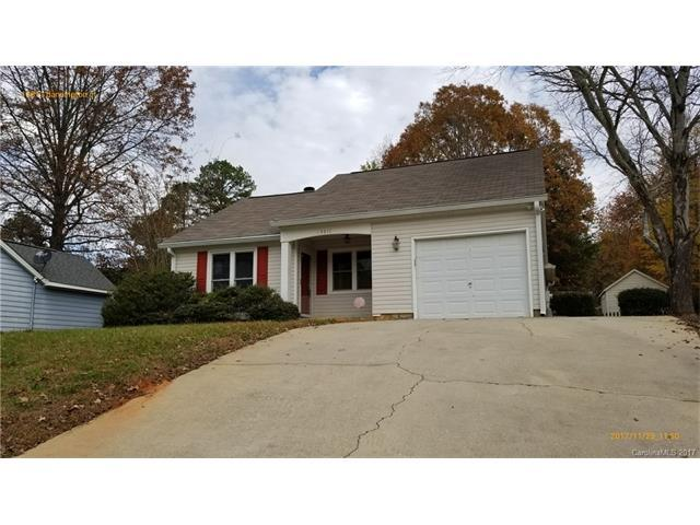 13811 Dansington Court, Pineville, NC 28134 (#3340659) :: Southern Bell Realty
