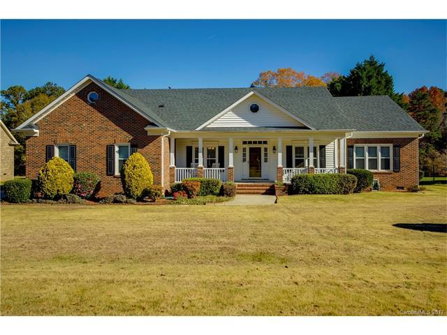 13709 Jonathans Ridge Road, Mint Hill, NC 28227 (#3341581) :: The Elite Group