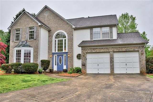 8600 Abbey Brook Court, Charlotte, NC 28216 (#3341632) :: High Performance Real Estate Advisors