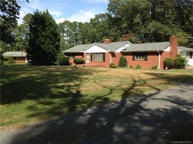 4429 Back Creek Church Road, Charlotte, NC 28213 (#3341879) :: Berry Group Realty