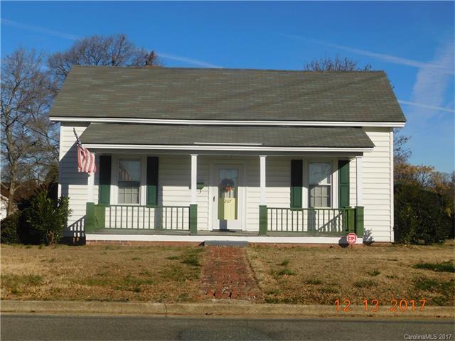 207 E 10th Street, Kannapolis, NC 28083 (#3342049) :: The Ramsey Group