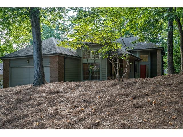 12108 Baywoods Drive #108, Tega Cay, SC 29708 (#3342087) :: Southern Bell Realty