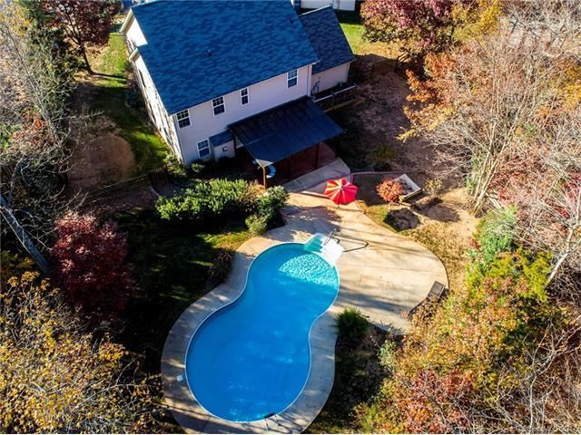 2500 Ashby Woods Drive, Matthews, NC 28105 (#3342225) :: The Andy Bovender Team