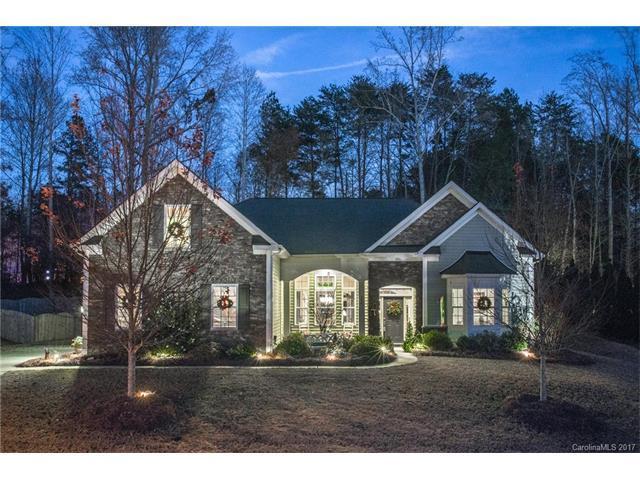 754 Virginia Pine Lane, Lake Wylie, SC 29710 (#3342485) :: Exit Realty Vistas