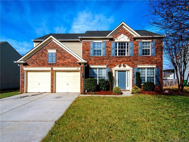 2716 Apple Twig Drive, Charlotte, NC 28270 (#3342933) :: The Andy Bovender Team